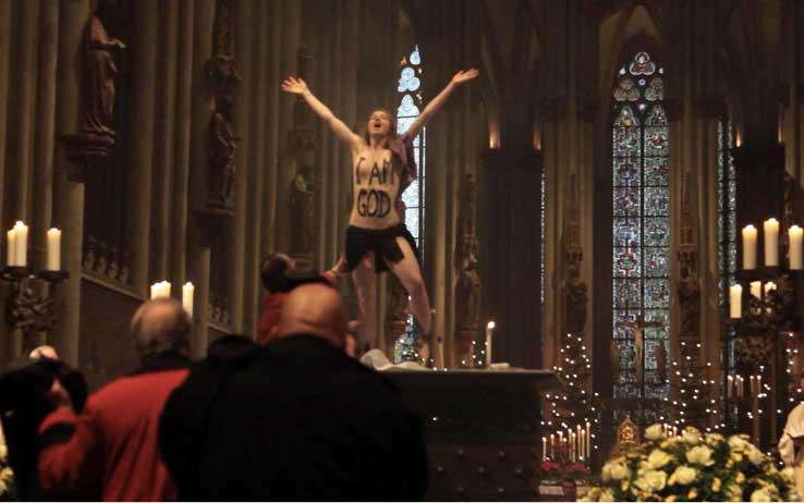 Femen cattedrale di Colonia