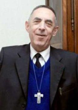 Vescovo in cravatta