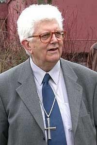 vescovo in cravatta 2