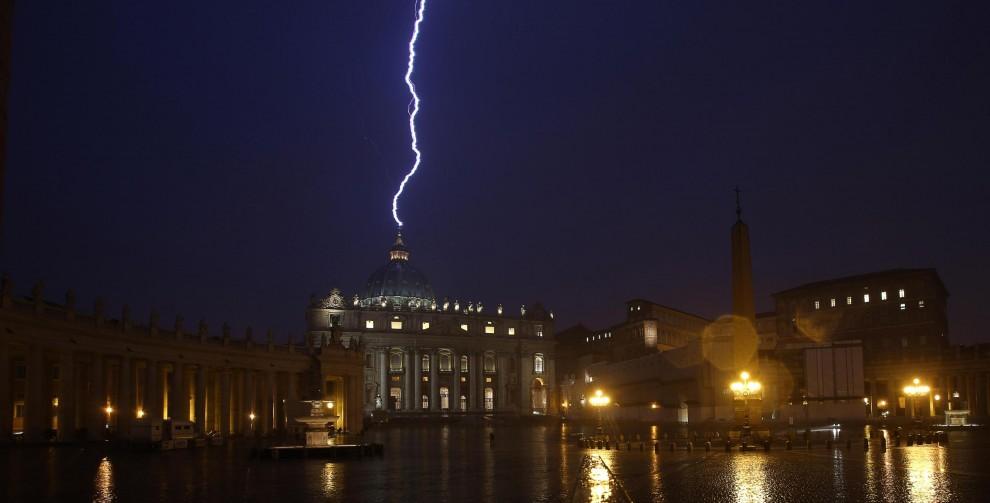 Lightning of saint peter