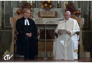 Papa visita luterani