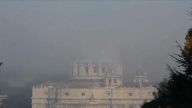 nebbia su san pietro